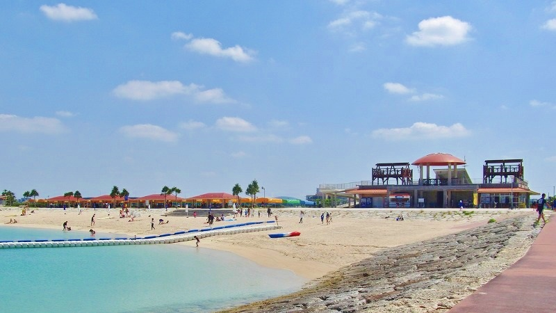 地元の人も利用する広い穴場ビーチ!豊崎美らSUNビーチ